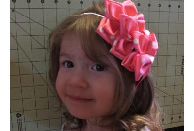 "How to make the "" Bella Flower "" Headband"