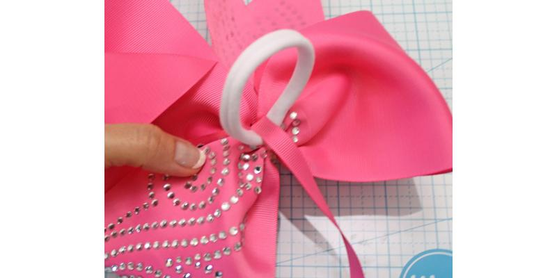 glue center strap to back