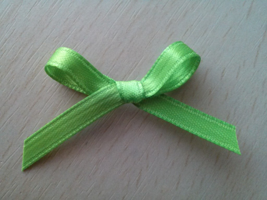 mini green bow