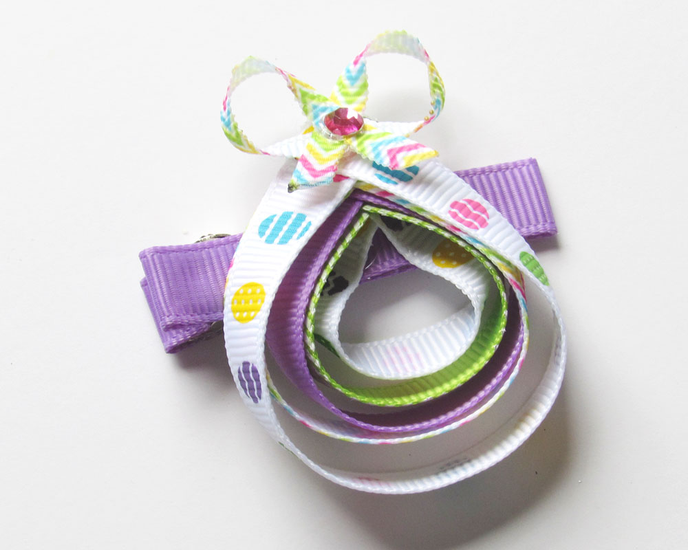 easter-egg-ribbon-scultpure