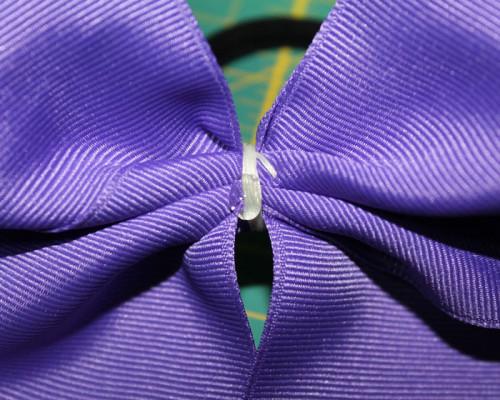gluing-center-ribbon