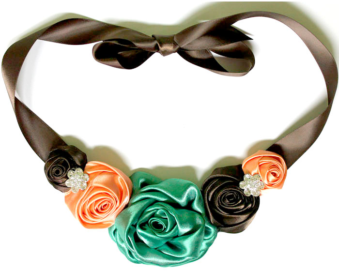 how-to-satin-rose-necklace