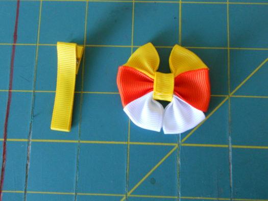 Candy Corn Hair-Bow DSCN5778