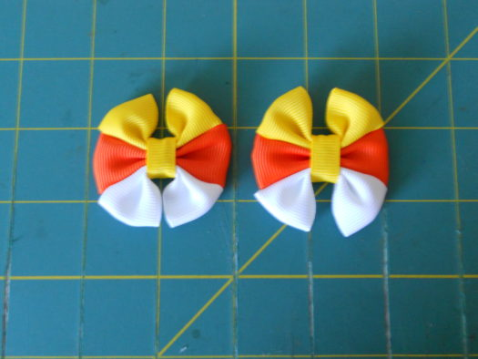 Candy Corn Hair-Bow DSCN5781